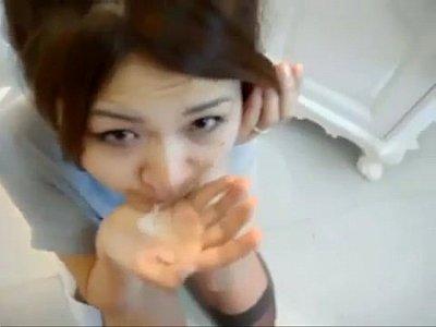Asian XXX VIDEOแตกคาปากแม่ตัวเองโม๊คควยให้ลูกชายควยยาวเปิดซิงการชักว่าวครั้งแรกอร่อยไหมครับแม่
