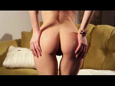 ถ่ายนู้ดนางฟ้าเบอร์ลิน หีสดชื่น แหวกให้ดูก้นเป็นลูก อยากชักว่าว ต้องดูหนังโป๊ฝรั่งเรื่องนี้ อึ๋มแน่นฟิต Sexy Porn Star