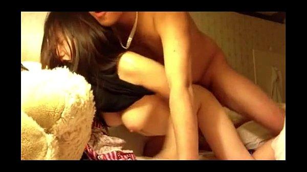คลิปข่มขืนเพื่อนสาวย่องมาเย็ดถึงหอ เธอชอบนอนแก้ผ้าเลยจัดให้หนึ่งน้ำเสียวๆ ครางลั่นหุ่นเธอเด็ดยังกะเด็กอาบอบนวดPorn