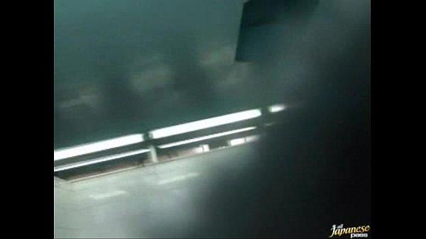 แอบถ่ายห้องน้ำโรงเรียนญี่ปุ่น สาวๆอาบน้ำหลังคลาสเรียนว่ายน้ำคลิปหลุดญี่ปุ่น Teen Porn Japanese นั่งแหกหีโชว์นมกัน