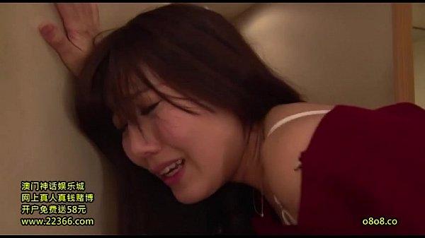 หนังxญี่ปุ่นขืนใจซอยหีแม่บ้านกลางบ้าน เพื่อนผัวนี่มันขี้เงี่ยน บอกว่าอย่ายังจะเสียบควยเข้ารูหี เจ้เสียวเดียวหยุดน้ำไม่อยู่นะ