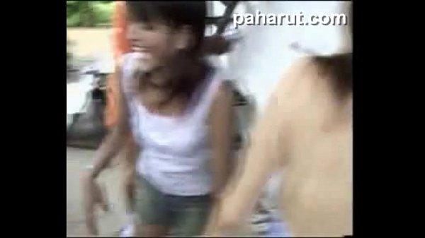 บ้านนี้มีรัก หนังxไทยใต้ดิน ถ่ายกันเองขายเองแถวสำเพ็ง วนกันเย็ดเพราะมีหีคนเดียว