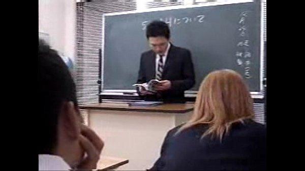 หนังอา ญี่ปุ่นลากนักเรียน มาขืนใจXXXหีคาชุด หุ่นดีย้อมผมทอง สก๊อยเมืองญี่ปุ่น นี่ยังน่าเย็ดเลย