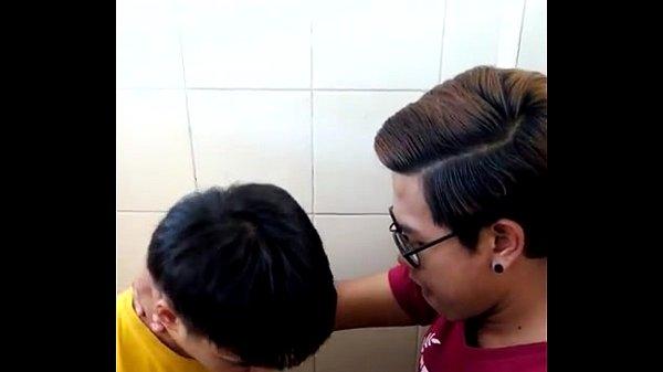โหลดแอบถ่ายเกย์เล่นรักxxxในห้องน้ำ ซอยก้นท่าหมา ด้อกกี้เย็ดตูด ัyouporn Jizzbo Nuvid